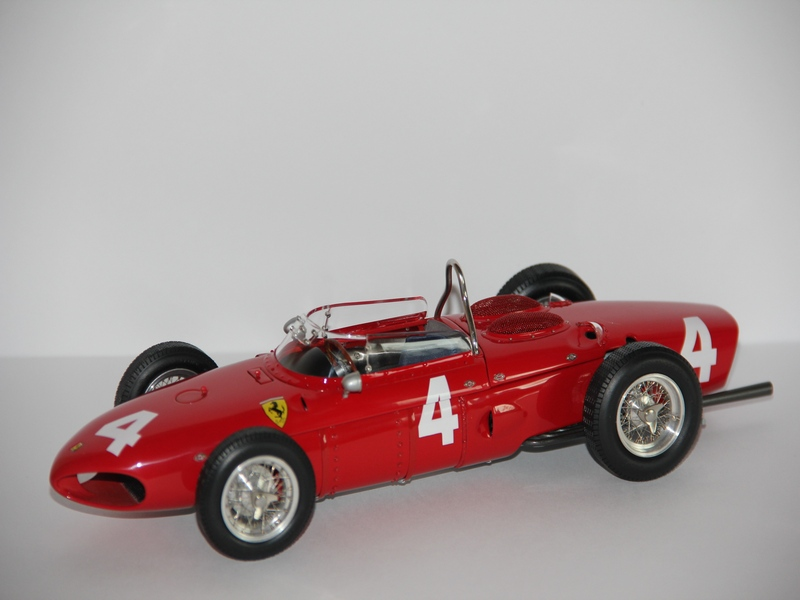 FERRARI DINO 156 #4 1961 (LIMIT 6000 KS)