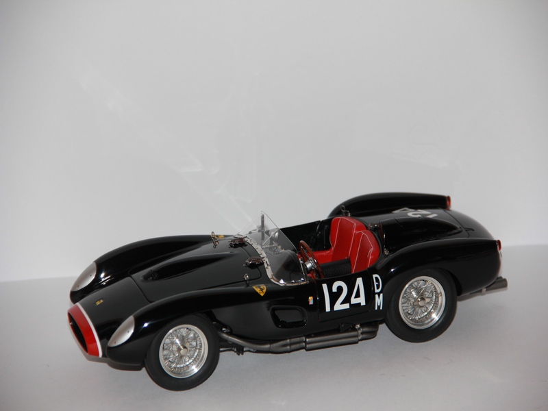 FERRARI TESTA ROSSA #124 1958 (LIMIT 5000 KS)