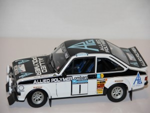 ford-escort-ii-rs-1800-no.1-winners-rac-rally---makinen-liddon-----1975--minichamps-.jpg