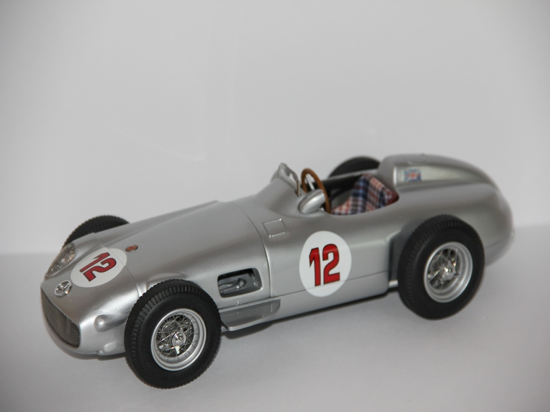 MERCEDES-BENZ W196 #12 1954-1955 (LIMIT 2000 KS)