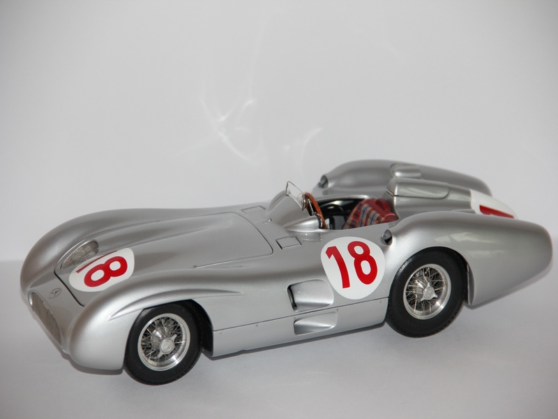 MERCEDES-BENZ W196R #18 1954-1955 (LIMIT 5000 KS)
