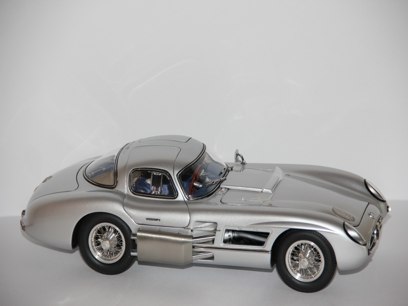 MERCEDES-BENZ 300 SLR UHLENHAUT COUPE 1955 (LIMIT 4000 KS)