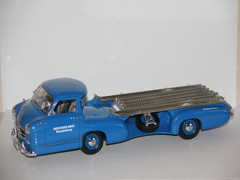 MERCEDES-BENZ RENNTRANSPORTER 1954