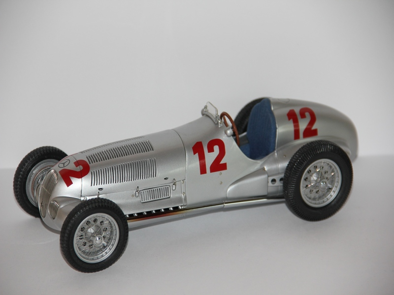 MERCEDES-BENZ W125 #12 1937 (LIMIT 3000 KS)