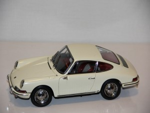 porsche-901-1964-weis--cmc---limit-5000ks-.jpg