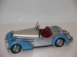 audi-225-front-roadster-1935-blau..slibel--cmc---limit-4000ks-.jpg