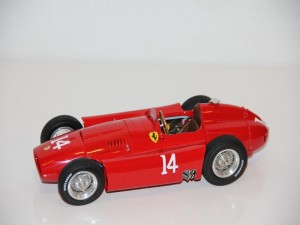 ferrari-d50-gp-remes-francie-no.14---collins-----1956--cmc---limit-1500-ks-.jpg