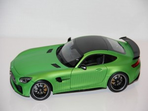 mercedes-benz-amg-gt-r-2017--almost-real-.jpg