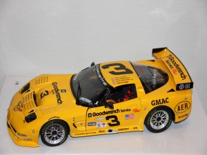 chevrolet-corvette-c5r-no.3-gm-goodwrench---eanhardt-eanhardt-jr.-pilgrim-collins-----1-12--gmp-.jpg
